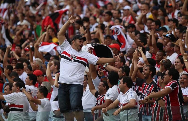 Após festa no MT, São Paulo espera show da torcida na decisão de quarta