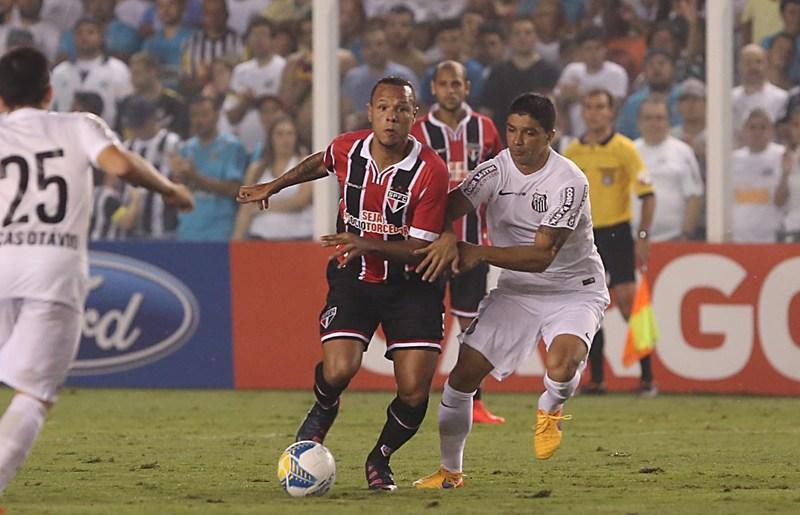São Paulo deve ter Centurión e Luis Fabiano contra o Corinthians