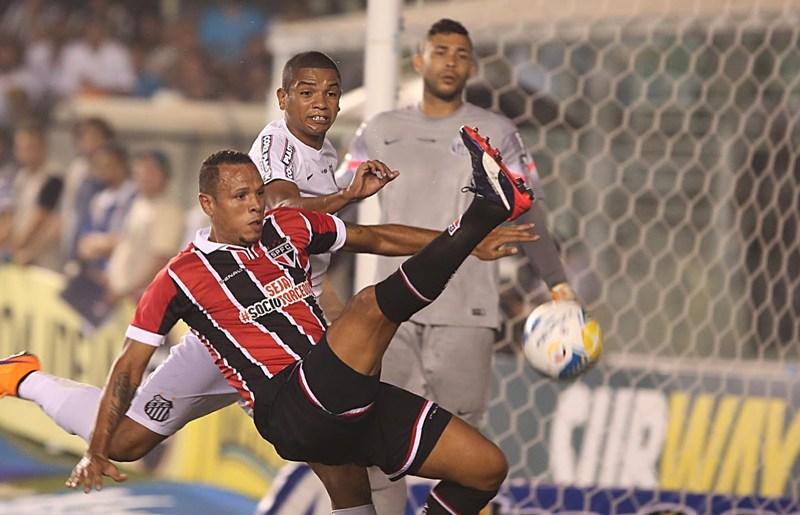 Milton Cruz culpa cansaço e confirma Luis Fabiano contra o Corinthians