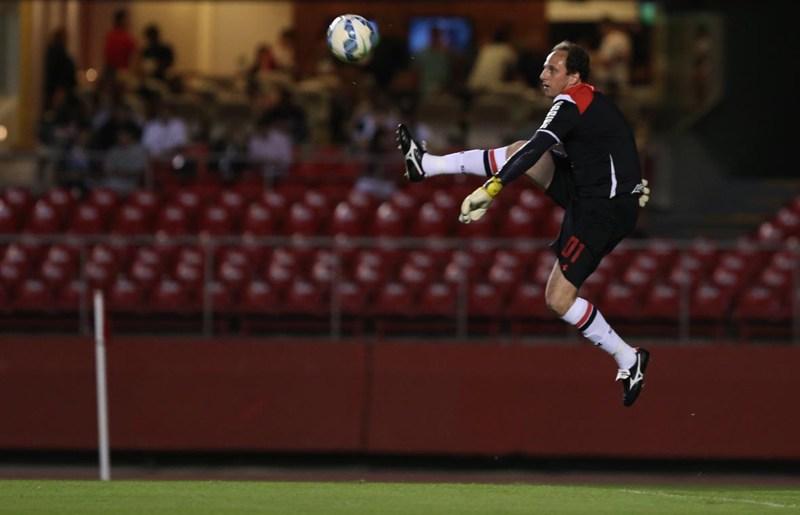 """Rogério Ceni admite: """"Gostaria de fazer meu último jogo em casa"""""""
