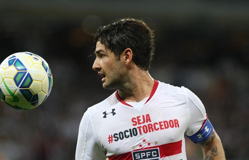 Pato avisa que só deixa São Paulo para jogar em 'time grande' da Europa