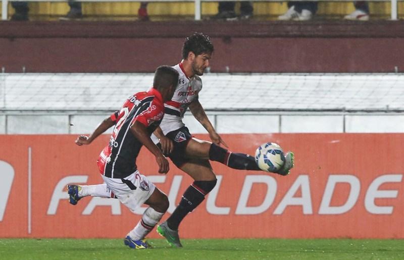 São Paulo já ganha três desfalques para encarar o Inter no sábado
