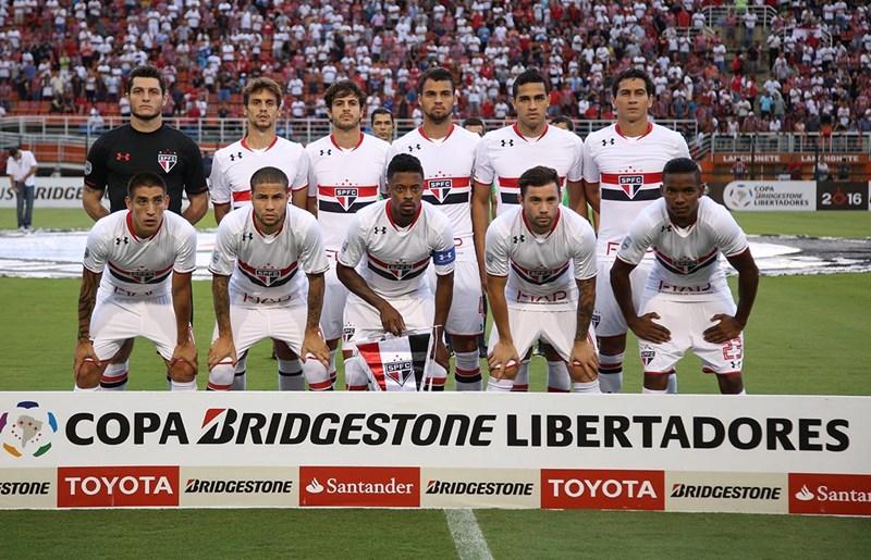 São Paulo é derrotado na estreia da fase de grupos da Libertadores