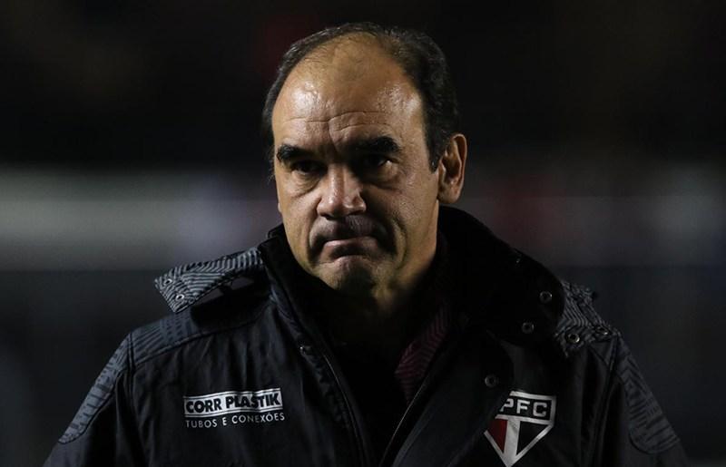 R. Gomes não vê problemas extracampo no São Paulo