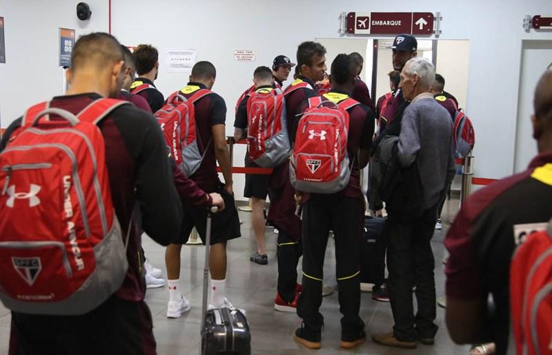 São Paulo: Reforçada, delegação deixa o Sul e segue para o Nordeste