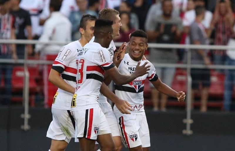 """Confiante, David Neres diz: """"tudo o que eu fizer aqui é para o São Paulo"""""""