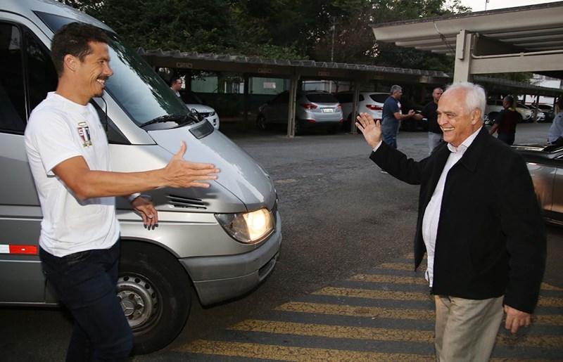 Chamado de 'Profeta', Hernanes crava futuro do São Paulo no Brasileirão