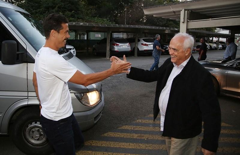 Dorival Júnior explica como pretende escalar Hernanes no time do São Paulo