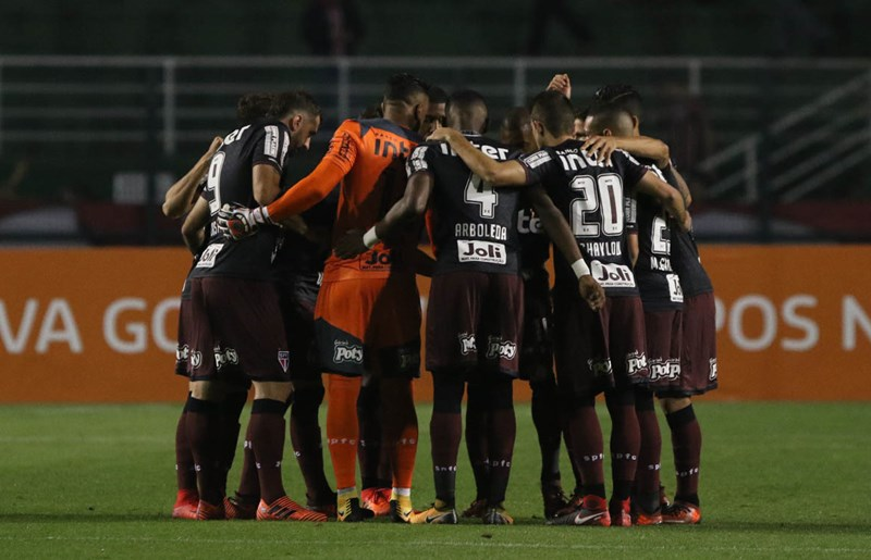 São Paulo reage e arranca empate com a Chapecoense