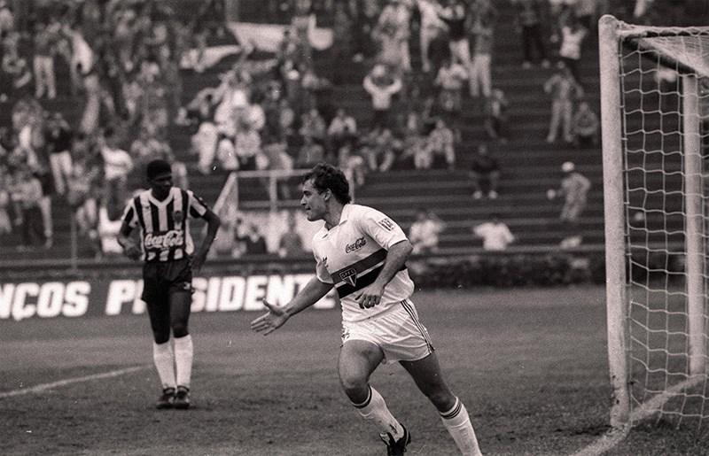 Aguirre pelo Tricolor em 1990