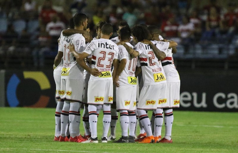 Tricolor bate o CRB-AL e avança na Copa do Brasil