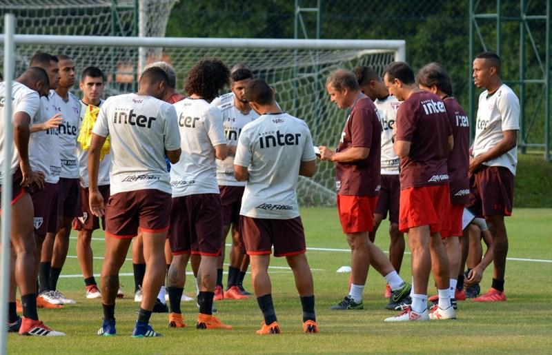 São Paulo: Ao trabalho novamente para encarar o Atlético-MG