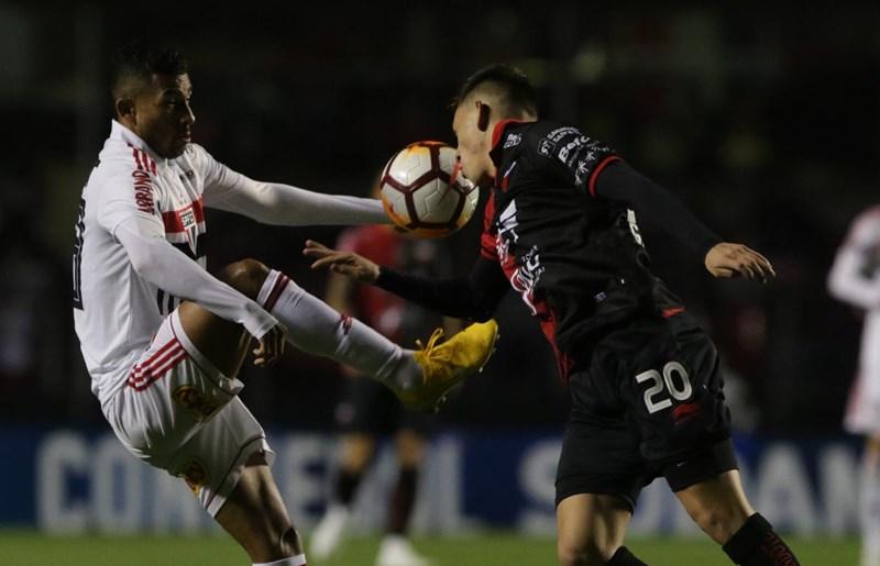 São Paulo é derrotado pelo Colón e leva decisão para a Argentina