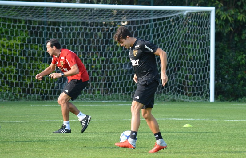 Boas notícias na reapresentação do São Paulo: Araruna e Everton com o grupo