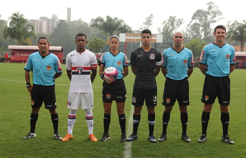 Sub-15 confirma vantagem e está na final do Paulista - SPFC ff3c05fced9f7