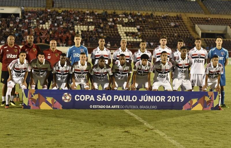 São Paulo garante classificação antecipada na Copa São Paulo