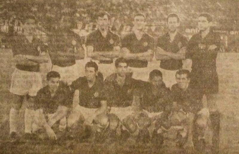 O Tricolor alinhado com a camisa da Fiorentina