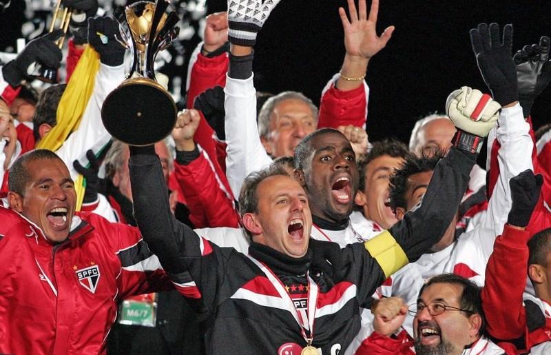 Adeus de Ceni: São Paulo sonha com Liverpool 2005, mas tem planos B e C