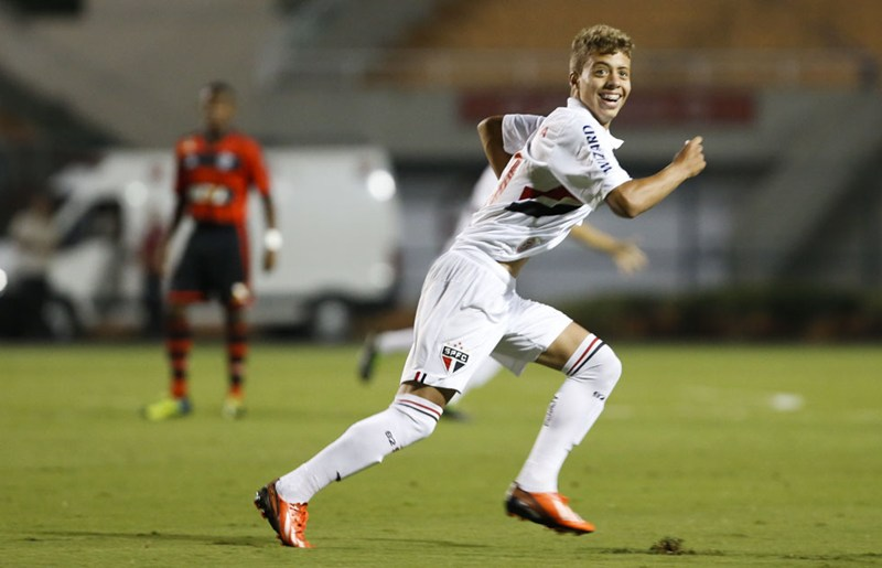 Lucas Fernandes na equipe sub-20