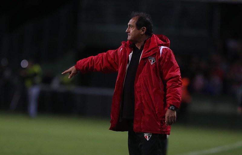 Preocupado, Muricy não garante Rogério Ceni contra o Corinthians